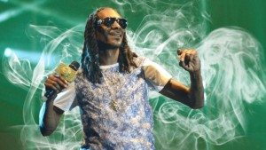 snoop dogg in haze of smoke