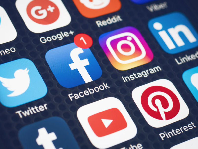 This is a photo of the popular social media apps that could be using next-gen tokens next: Facebook, Instagram, Twitter, LinkedIn and Pinterest.